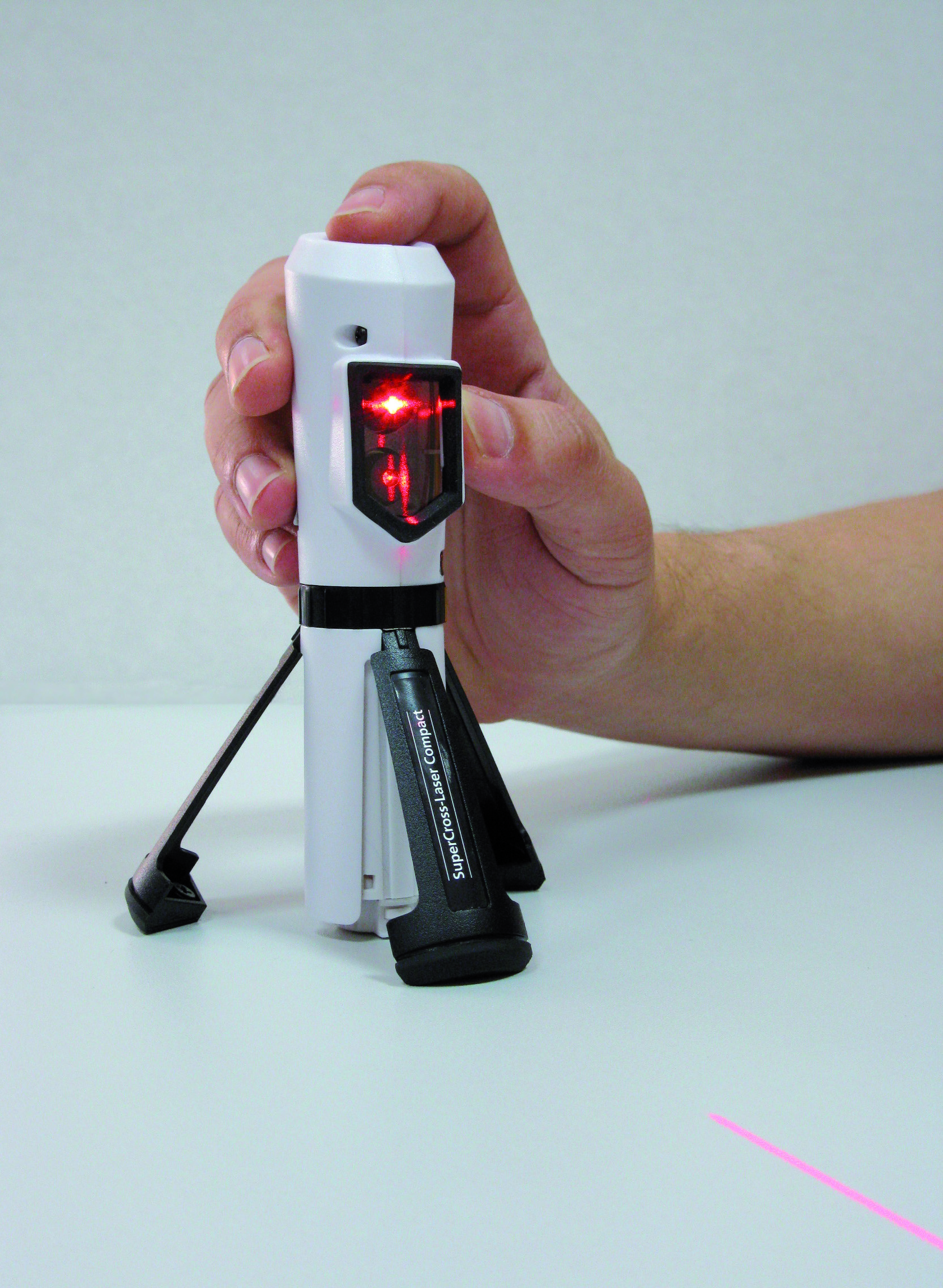 nivel laser laserliner supercross laser compact dcl. Black Bedroom Furniture Sets. Home Design Ideas